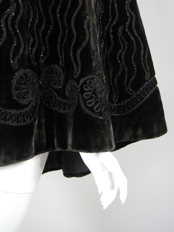 Victorian Cape Chocolate Velvet Beaded Vintage - regenerationvintageclothing
