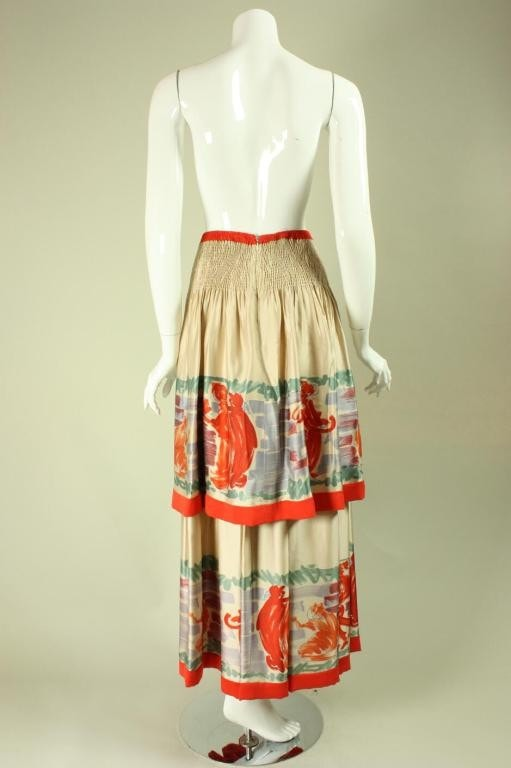 Vintage  Chloe Tiered Skirt With Figural Print