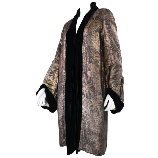Vintage 1920's Art Deco Gold Lame Coat with Velvet Trim