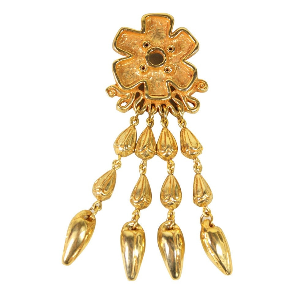 Vintage Clothing: 1990's Christian Lacroix Gold-Toned Brooch