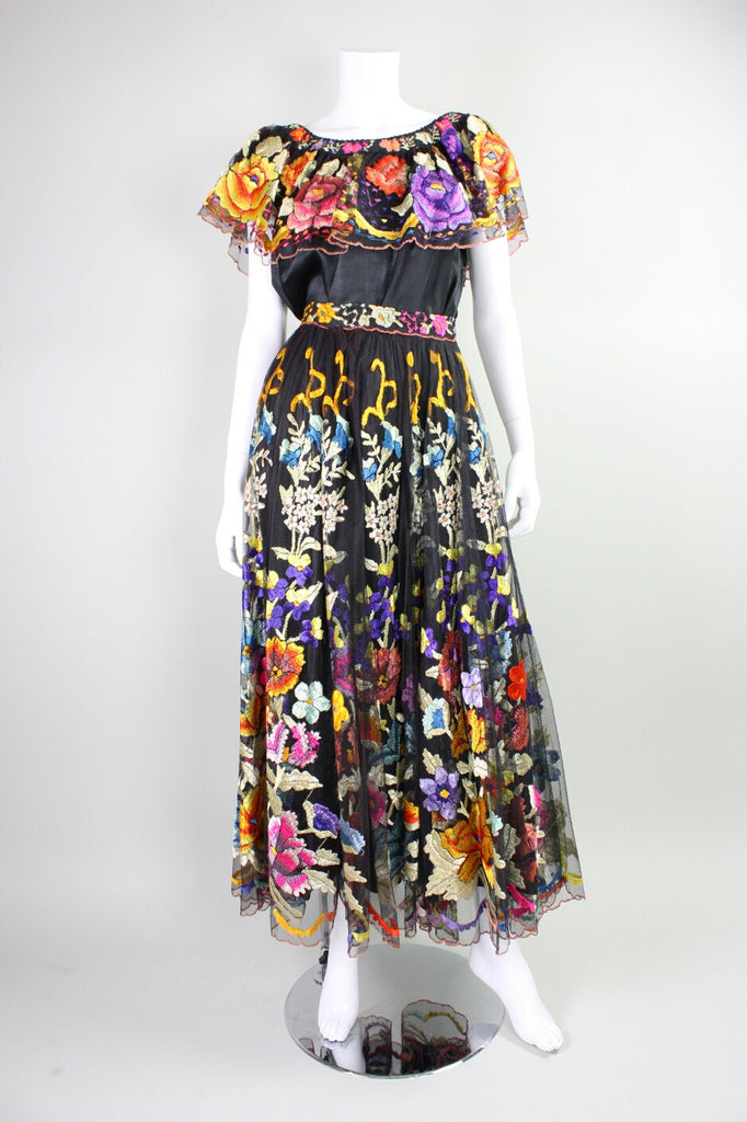 Vintage Mexican Wedding Ensemble with Polychromatic Hand Embroidery Vintage - regenerationvintageclothing