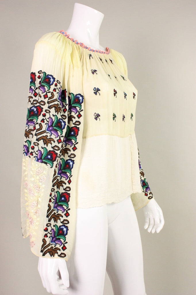 1930's Blouse Eastern European Embroidered Bohemian Vintage - regenerationvintageclothing