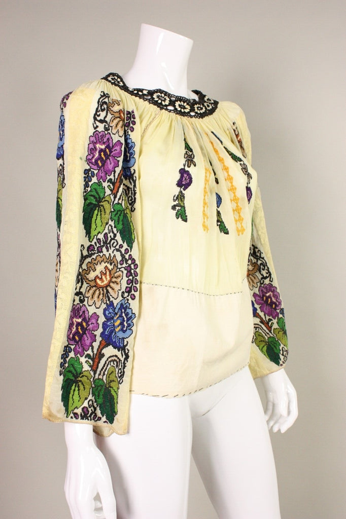 1930's Blouse Eastern European Embroidered with Grapevine Motif Vintage - regenerationvintageclothing