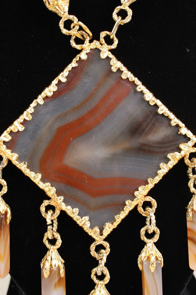 Vintage Jewelry: Vintage 1970's Gold-Toned Agate Statement Necklace