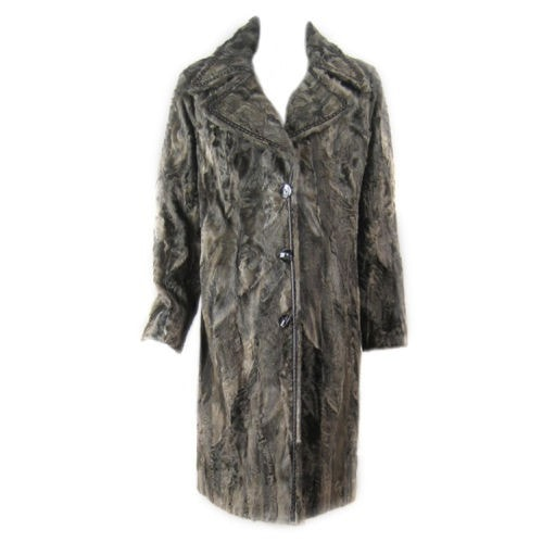 Vintage Clothing: 1980's Louis Feraud Lamb's Fur Coat