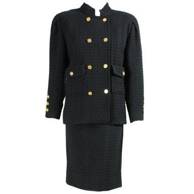 Vintage Clothing: 1980's Chanel Wool Suit