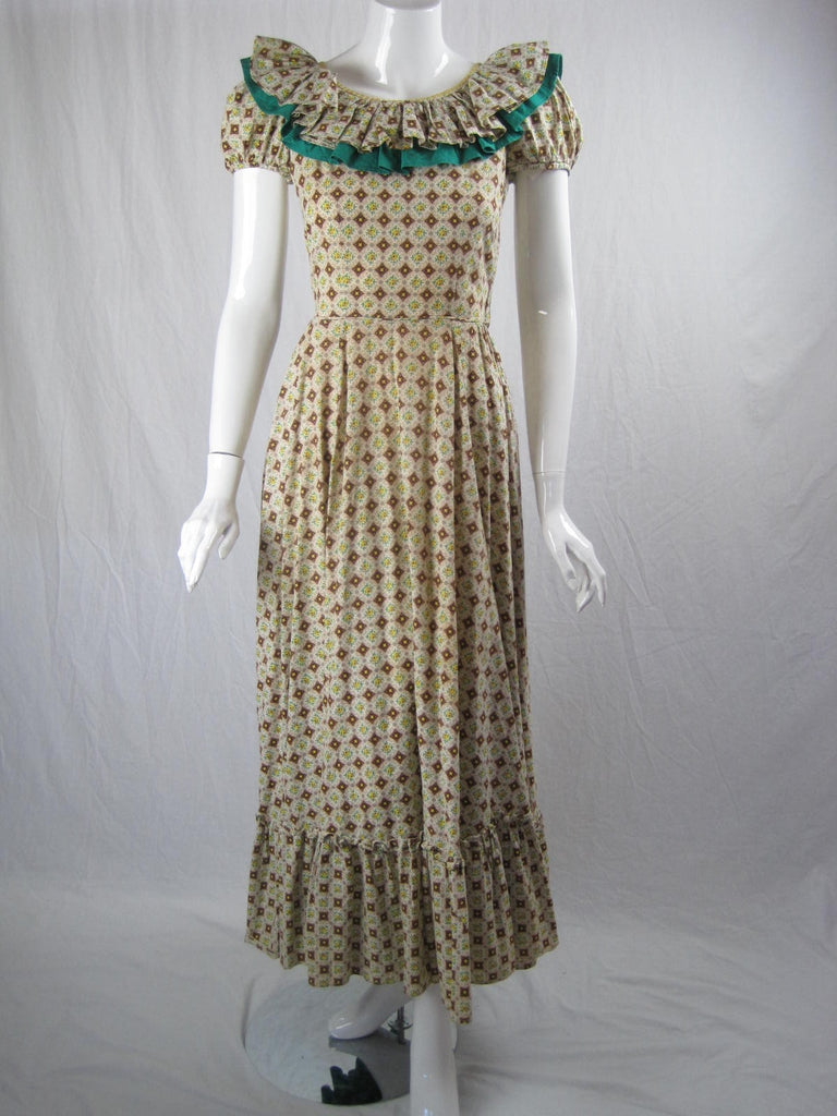 Vintage 1940's Cotton Calico Ruffled Dress