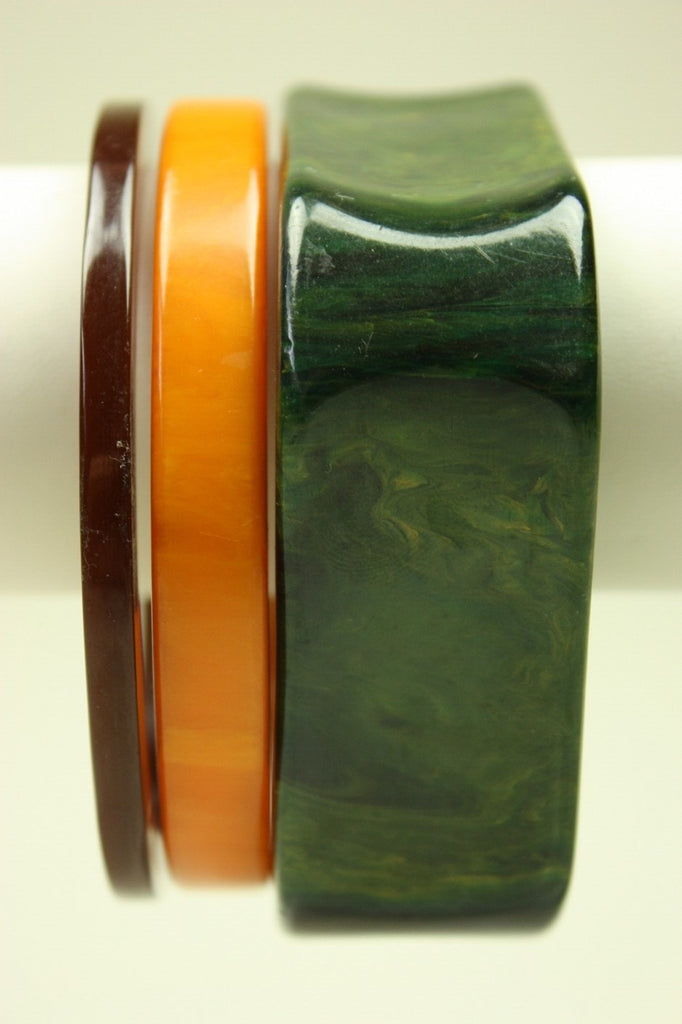 Vintage Jewelry: Vintage 1930's Green Marbled Bakelite Bangle