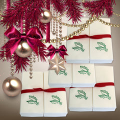 Nature's Linen Disposable Guest Hand Towels Wrapped with a Ribbon 200ct - Christmas / Holiday Collection Embossed with a Holly Leaves