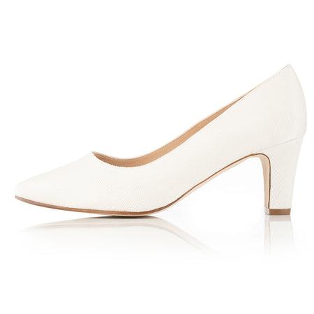 Dyeable Wide Fit Court Shoe – Ivory Grosgrain