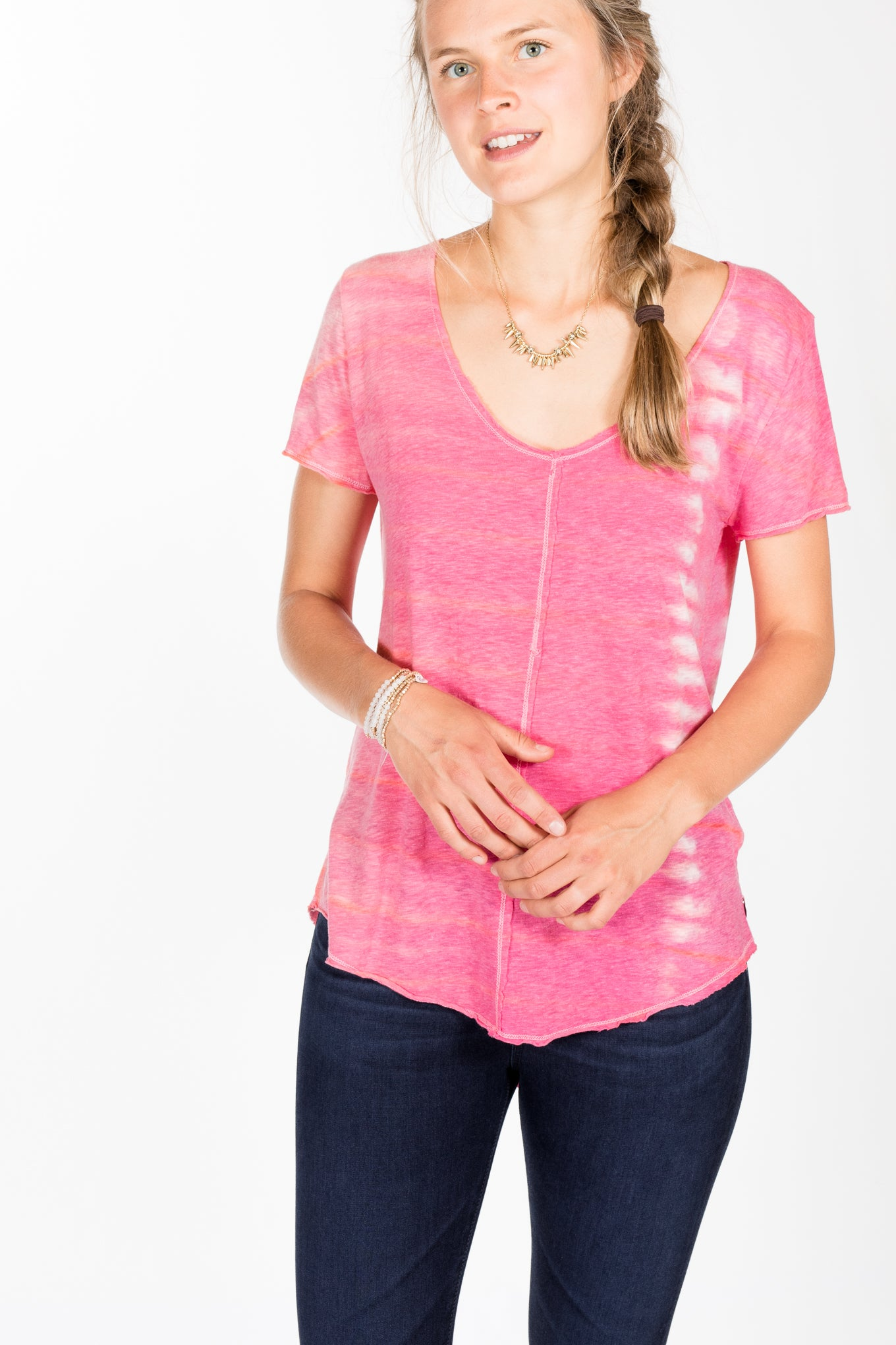 Brightly Twisted.Slub Tee-Flair