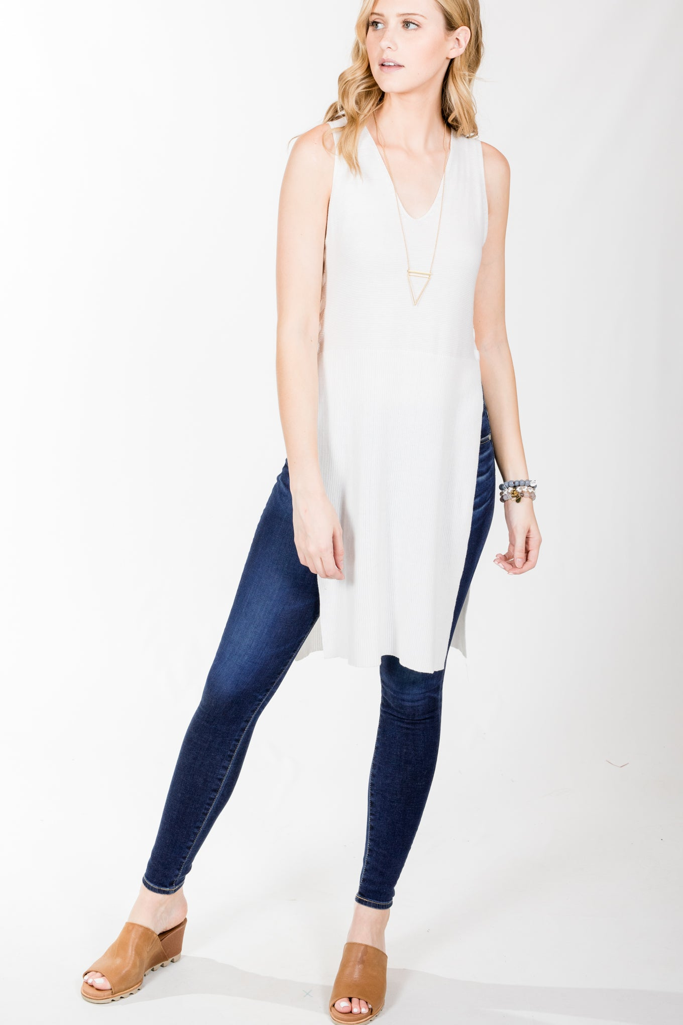 Gentle Fawn.Clover Tunic.White