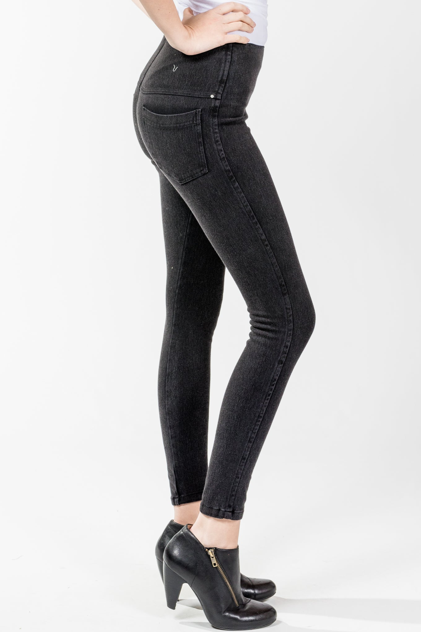 Lysse.Toothpick Denim.Dark Grey