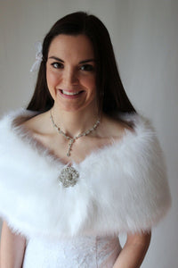 White Faux Fur Bridal Wrap, Faux Fur Wedding Stole, Fur shrug With Free Brooch