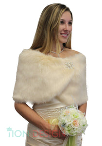 Champagne faux fur stole, Wedding fur wrap, Bridal fur shrug