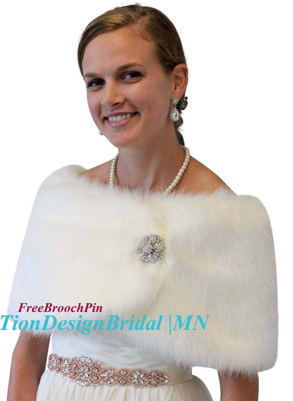 Faux fur bridal wrap, Ivory Faux Fur Wedding Wrap , Fur Shrug cape
