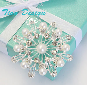Bridal Brooch, Rhinestone Wedding Brooch with Ivory Pearl