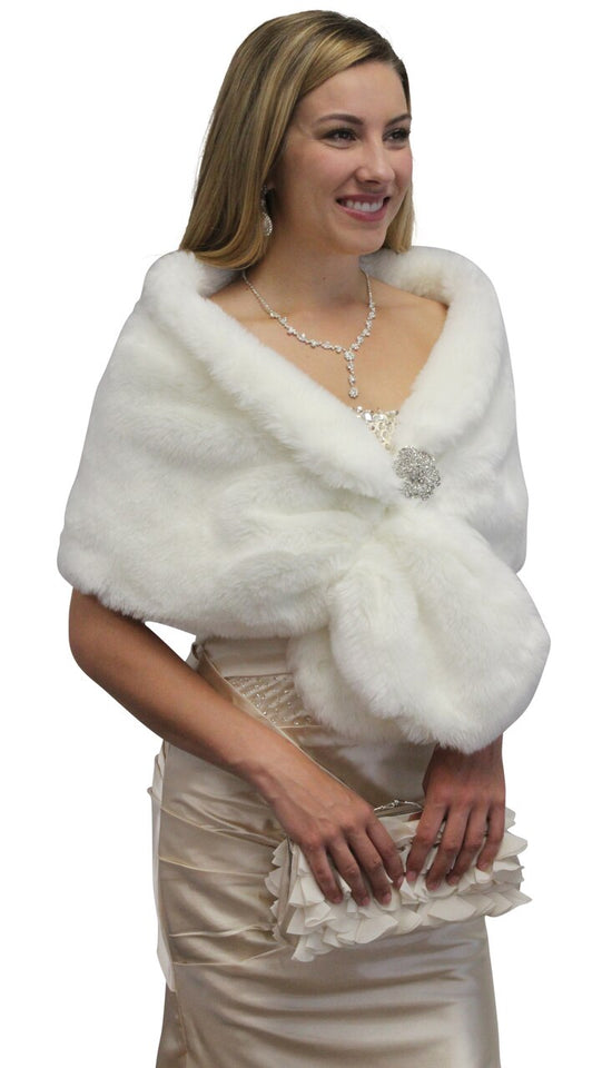 Bridal fur stole, Ivory faux fur stole,  wedding faux fur shawl wrap