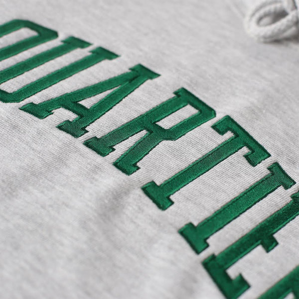 QUARTIER COLLEGIATE HOODIE (HEATHER GREY)