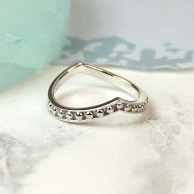 POM Sterling Silver Dotted Wishbone Ring - L