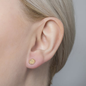 Bill Skinner Daisy Mini Studs