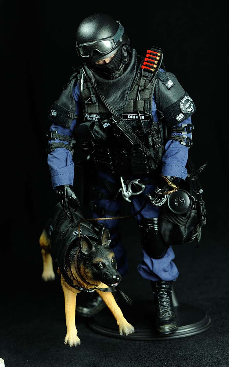 one sixth assaulter action figure