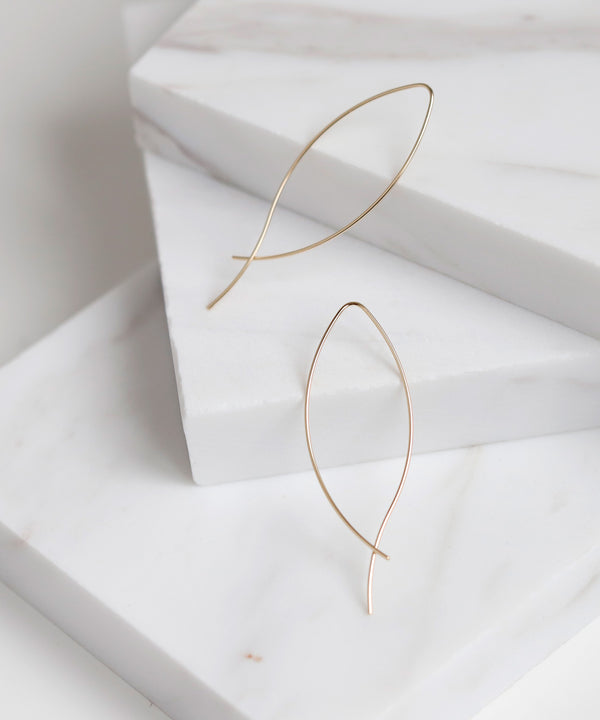 Wave Line Earrings[Basic][K10]