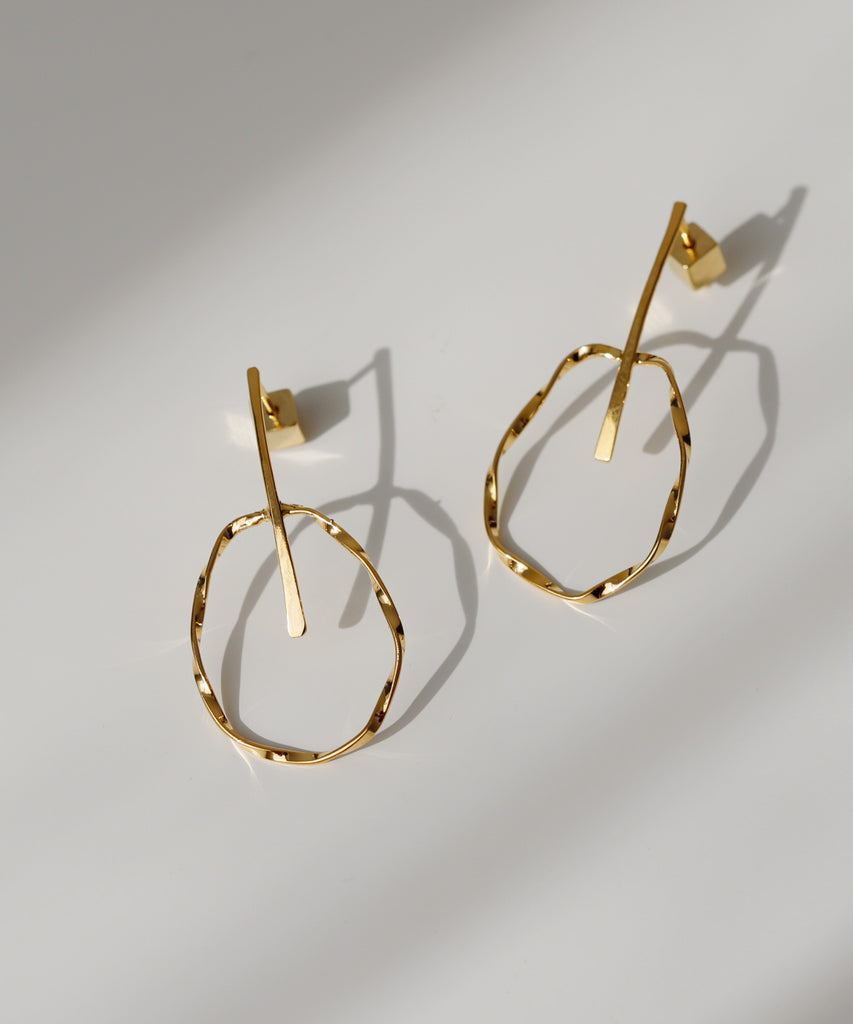 Twisted Circle Earrings[UMU][Basic]