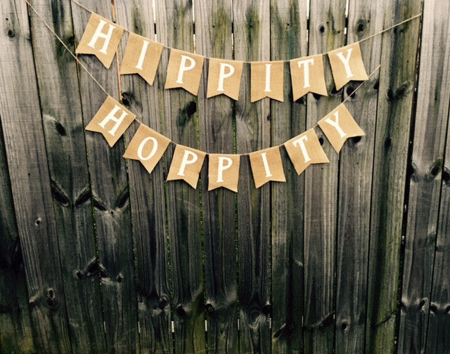 'Hippity Hoppity' Burlap Banner - The Rustic Chic Boutique