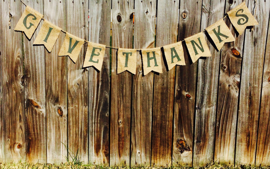 'Give Thanks' Burlap Banner - The Rustic Chic Boutique