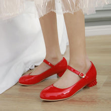 Load image into Gallery viewer, Women's Buckle Belt Shallow Mouth Low Heeled Shoes