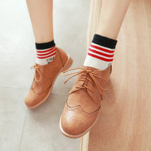 Load image into Gallery viewer, Woman's Square Heel Lace Up Woman's Shoes Low Oxford Shoes