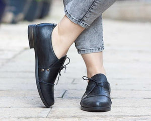 Women's Lace Up Low Heeled Shoes