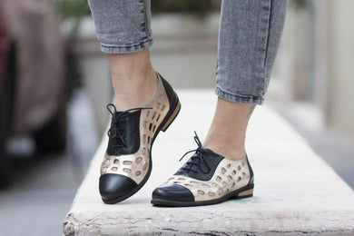 Women's Hollow Low Heeled Shoes