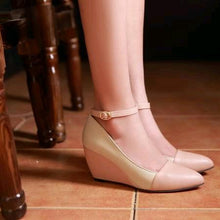 Load image into Gallery viewer, Casual Women's Buckle Platform Wedges Shoes