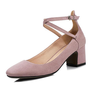 Woman's Rough Heel Shallow Toe Buckle Middle Pumps