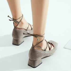 Woman Square Head Cross Strap Shallow Mouth Low Heeled Shoes