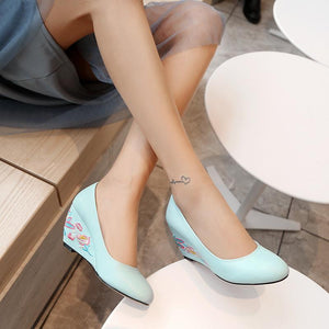 Casual Embroidery Shallow-mouthed Wedge Shoe Women