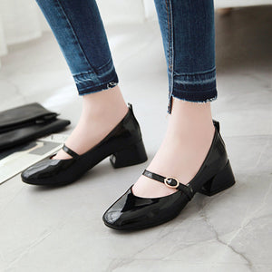 Woman's Square Head Chunkey Heels Pumps Shallow Mouth Middle Heeled Shoes