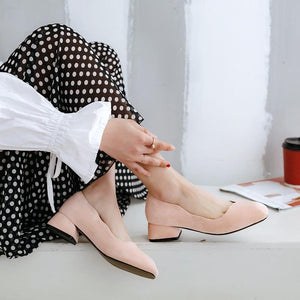 Woman's Square Head Shallow Mouth Low Heels Shoes