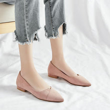 Load image into Gallery viewer, Woman's Casual Pointed Low Heeled Shoes
