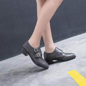 Woman's Round Head Double Buckle Mid Heeled Oxford Shoes