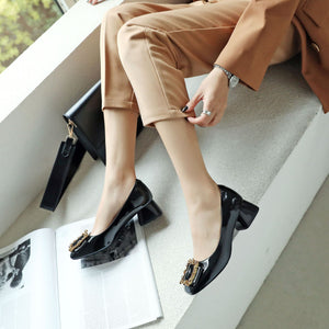 Woman's Shallow-mouthed Knot Low Heeled Chunky Pumps Shoes