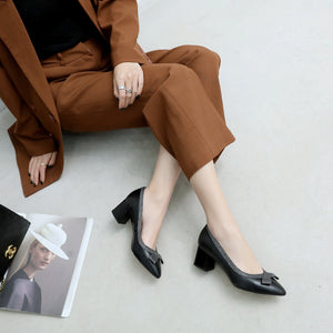Pointed Toe Bow Tie Middle Heeled Leather Women Pumps