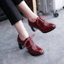 Load image into Gallery viewer, Woman's Lace Up Oxford Shoes Middle Heels for Women