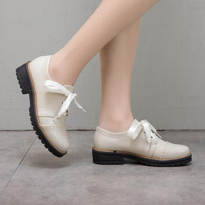 Woman's Lace-up Low Heels Shoes