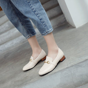 Woman Metal Low Heeled Shoes