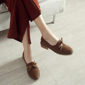 Woman's Round-head Shallow-mouth Low Heeled Shoes