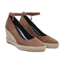 Load image into Gallery viewer, Casual Pointed Toe Platform Wedges Ankle Straps Buckle Women Shoes