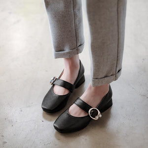 Woman's Leisure Low-heeled Shoes